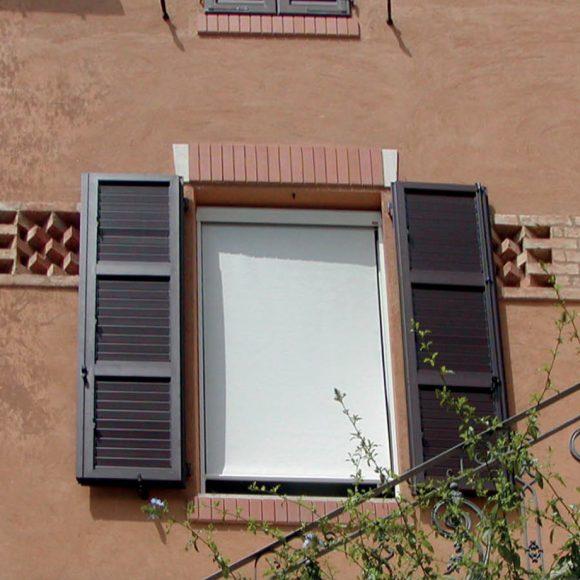 tende-per-finestra-tappezziere-mauri-milano-1